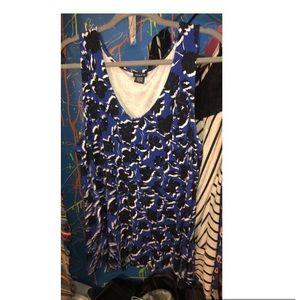 TORRID size 2 (18/20) peplum style blue top